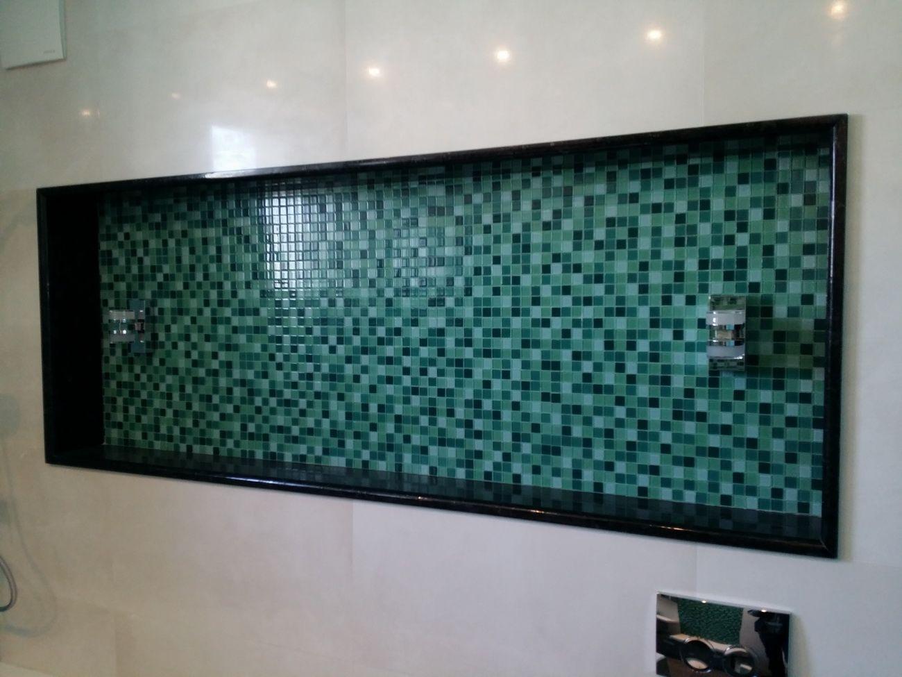 ванна в бирюзовых тонах